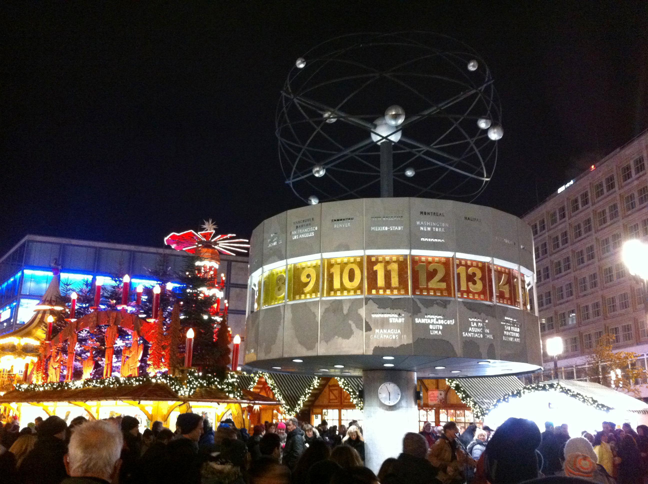Weltzeituhr Berlin Alexanderplatz