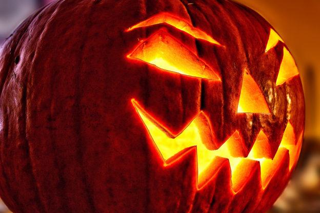 Halloween-Deko: Kürbiskopf -Wann ist Halloween 2017?